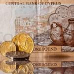 Кипр деньги